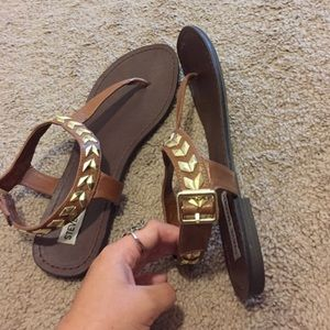 steve madden sandals!
